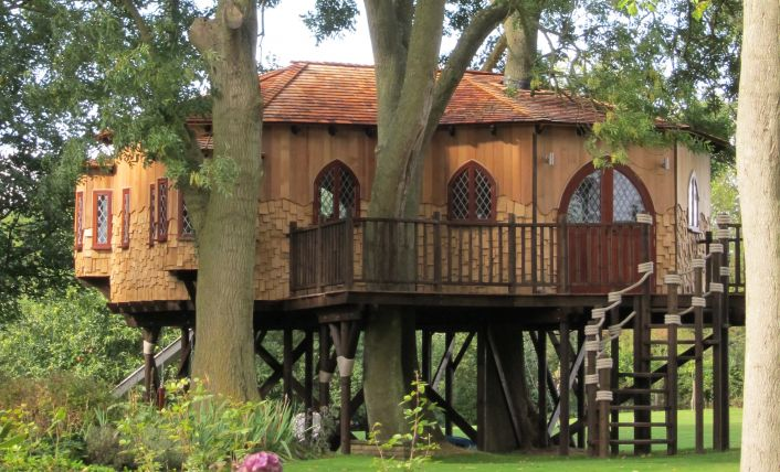 The Treehouse Office, built and designed by Blue Forest, is constructed from a variety of timber species.