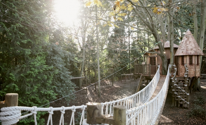 The Sleepy Hollow treehouse, built and designed by Blue Forest, can be entered using the scrambling rope and rope bridge.