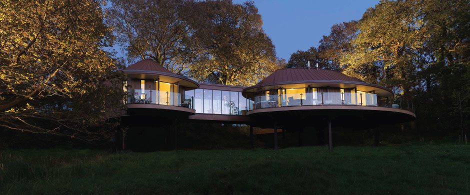 Blue Forest assisted in the design of six luxury treehouse suites for Chewton Glen Hotel.
