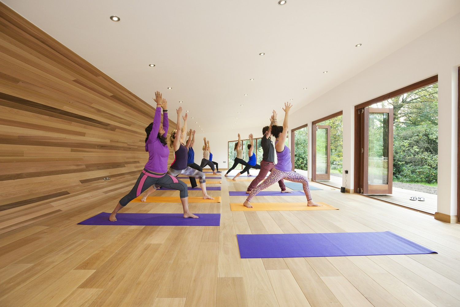 Peaceful Yoga Studio By Blue Forest (3)