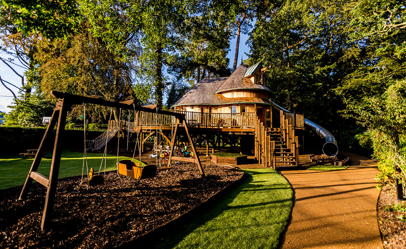 Picture of: Bespoke Treehouse Designers Blue Forest
